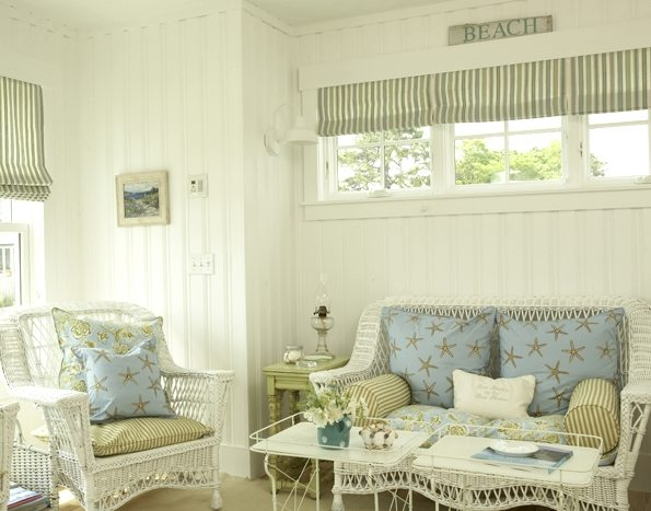 beach cottage wicker furniture