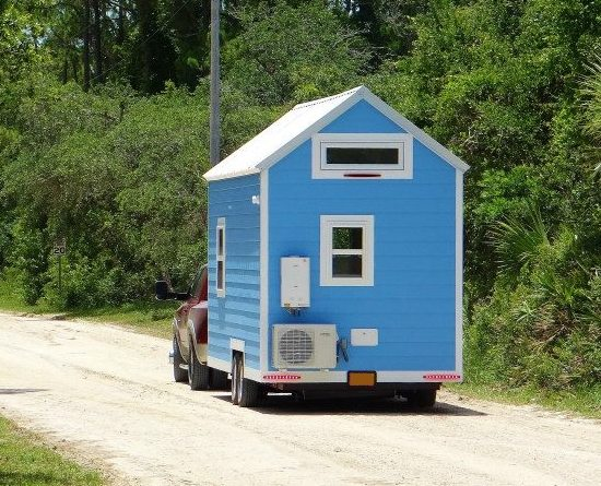 Moving Tiny House on Truck