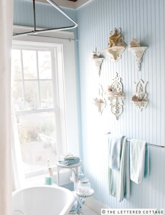 Cottage Bathroom Wall Lights : The Breeze Inn Beach Cottage of Author Mary Kay Andrews - Beach Bliss Living - Decorating and ...