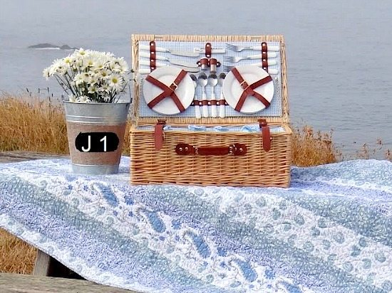 Picnic Basket   Table by the Sea