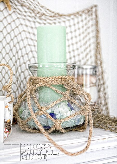 Beach summer mantels that capture the beauty of the season for Summer beach decor