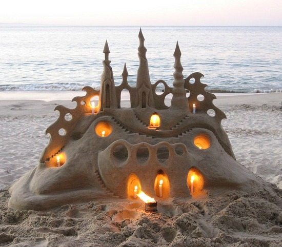 Amazing Pictures: The Most Amazing Sand Castles & Funny Sand Sculptures