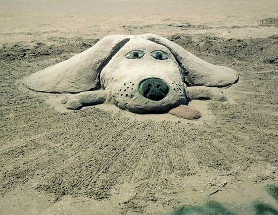 Simple sand sculptures