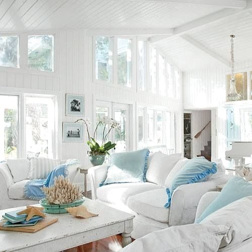 Coastal style shabby chic beach cottage style Florida home decorating ideas