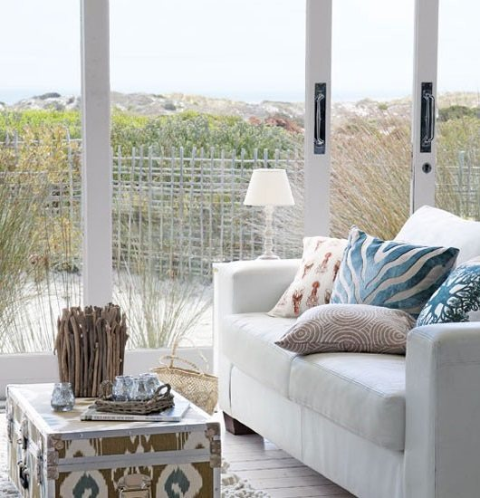 Bring The Shore Into Home With Beach Style Living Room: Soft Blue & White Decor Ideas To Turn Your Living Room