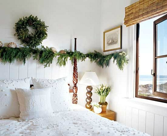 Beach Cottage Bedroom Christmas Decor