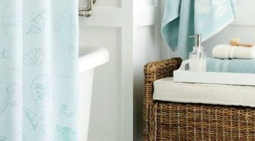 Transform your Bathroom with these Beach Themed Accessories!