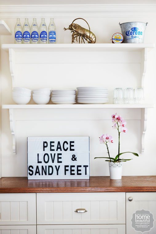 Peace Love Sandy Feet Sign
