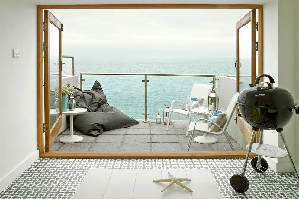 http://decorcology.com/wp-content/uploads/2015/01/Beguiling-Sea-View-home-interior-design-Beach-Style-Deck-South-West.jpg